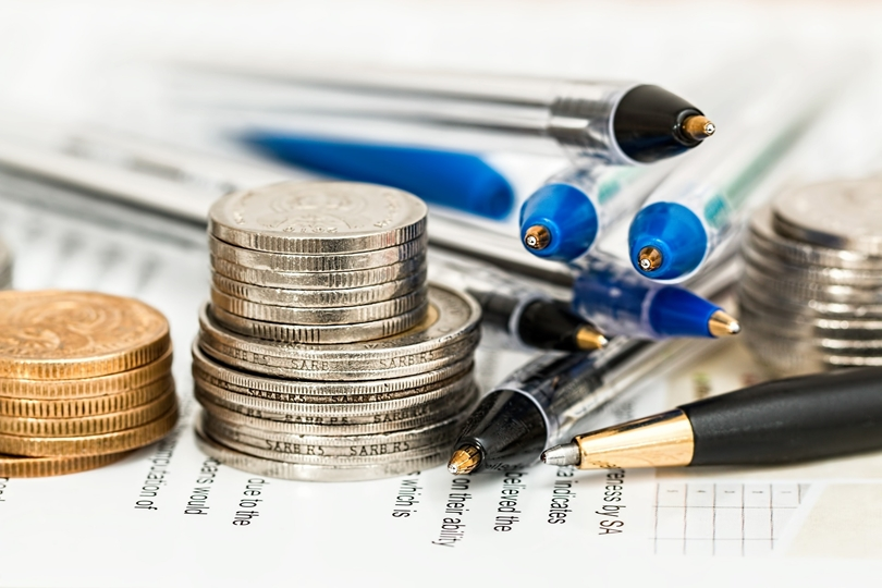 Should you outsource your small business accounting?
